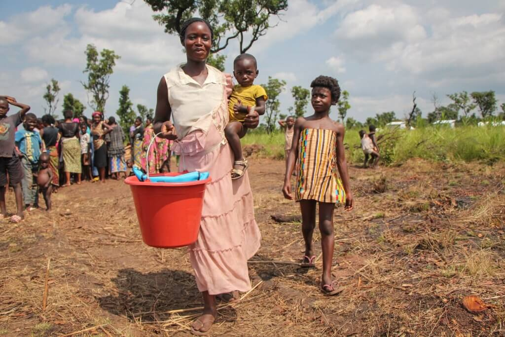Ester and her children fled violence in the Democratic Republic of the Congo. They have just arrived to safety in northeast Angola. Your support makes a better future possible.